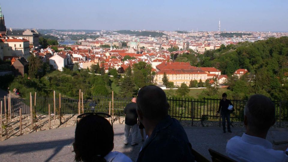 Bellavista: View over the City from the Guest Garden Prague © echonet.at / rv